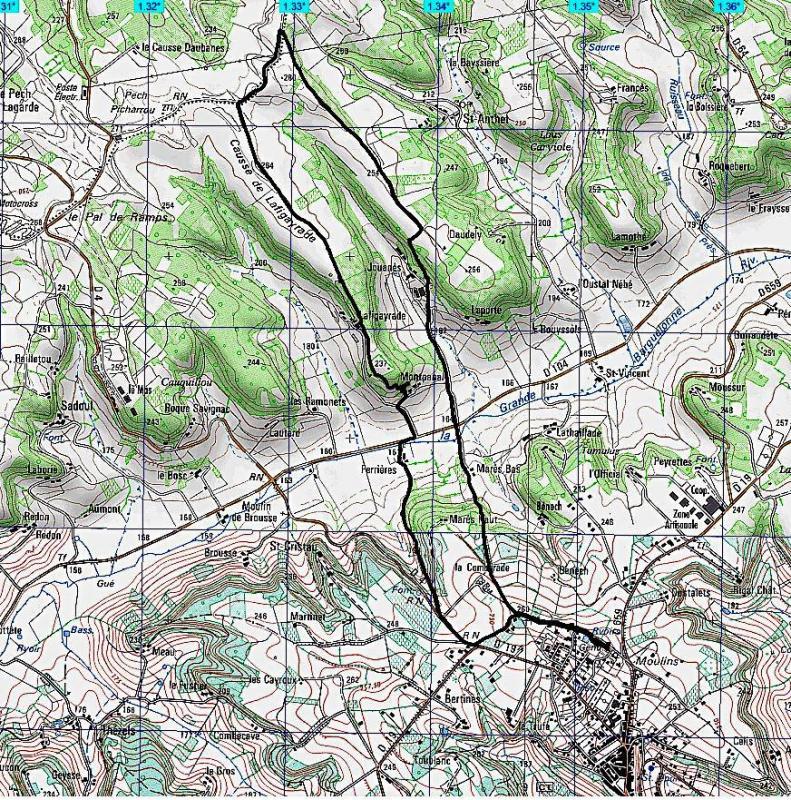 Castelnau 9700 m